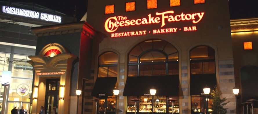 The Cheesecake Factory Kicks Officers Out of Their Restaurant For Being Armed