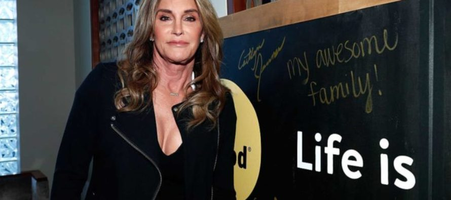 Caitlyn Jenner to Pose Nude [PHOTOS]