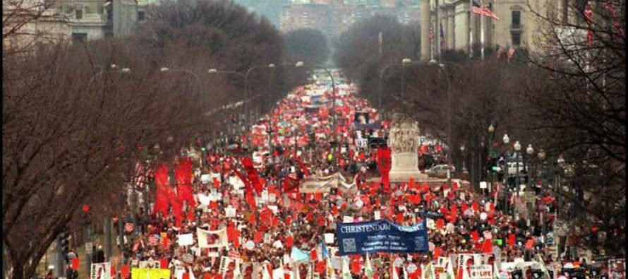 Media ignores something BIG at the March for Life that has everyone else talking.
