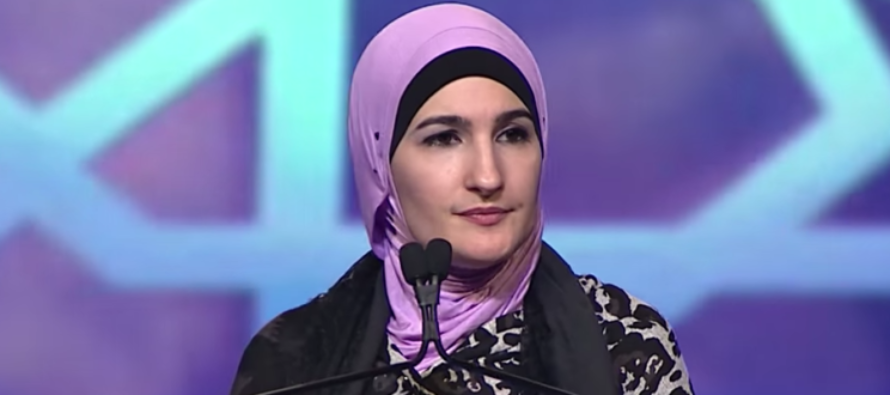 She organized #WomensMarch, but who she's connected to is TERRIBLE