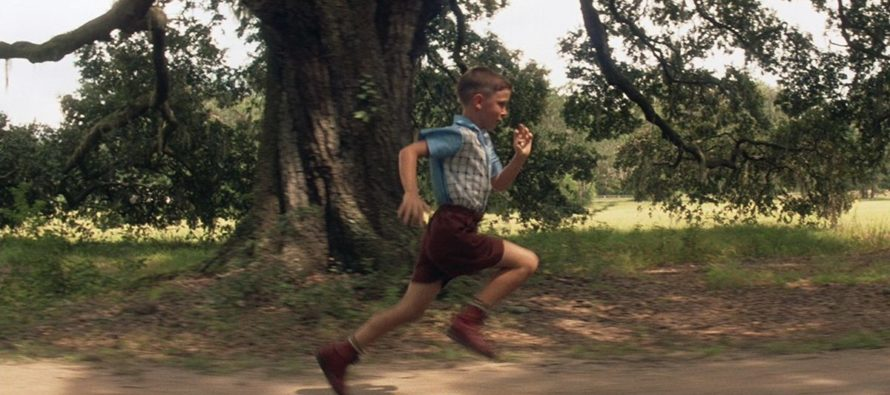Check Out The Career That Young Forrest Gump Actor Chose – Look At Him NOW!