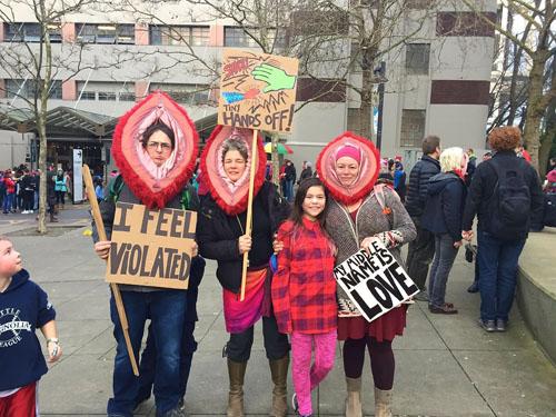 womens-moonbat-marches
