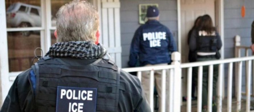 ICE Agents Lock-Up DREAMER Given Amnesty By President Obama – It's Happening! [VIDEO]
