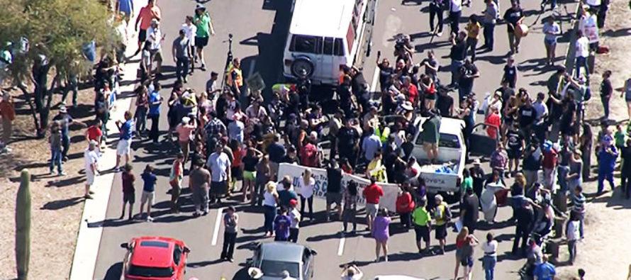 Anti-Trump Rioters Blocking Traffic Just Got BAD News!
