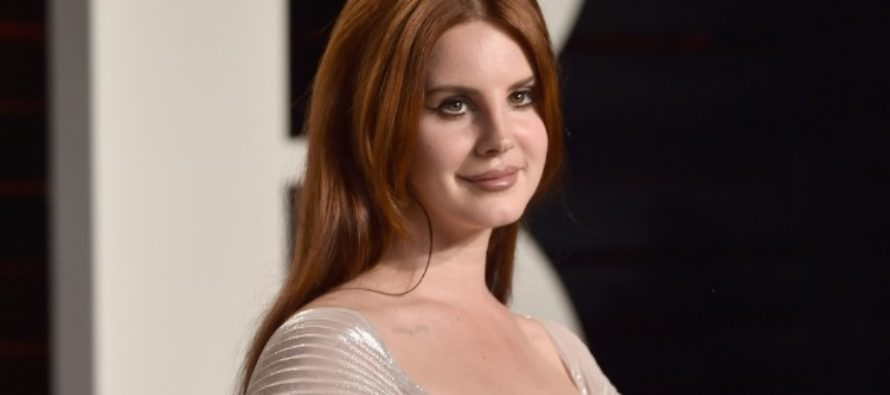 Celebrity Millennial, Lana Del Rey, Calls On 'Witches' To Hex Donald Trump Outside Trump Tower At Midnight…It FAILS, Horribly! [VIDEO]