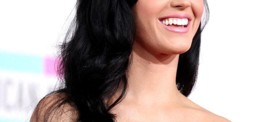 Katy Perry MOCKS Theresa May And President Trump At BRIT AWARDS SHOW! [VIDEO]