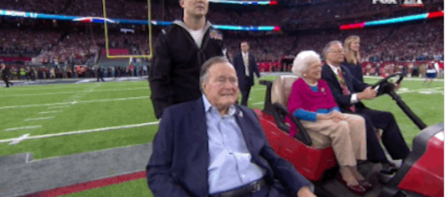 Touching, unseen photos of George and Barbara Bush before the Super Bowl