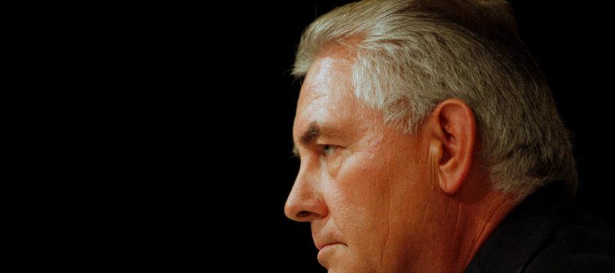 JUST IN: Tillerson Outsmarts Judge Who HALTED 'Travel Ban' – Sending SHOCKING Order!