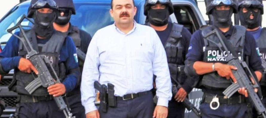 Never before: Mexican Official BUSTED at Border… 1000 Kilos!