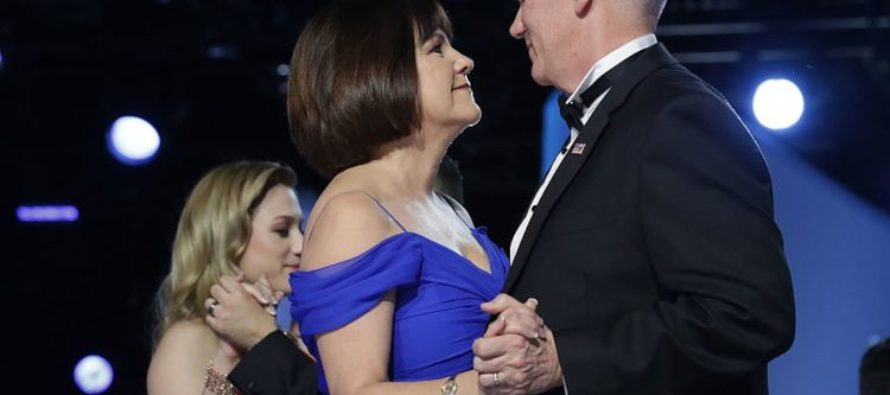 Mike Pence REFUSES To Eat Alone With Any Female But His Wife – LIBERALS ATTACK!