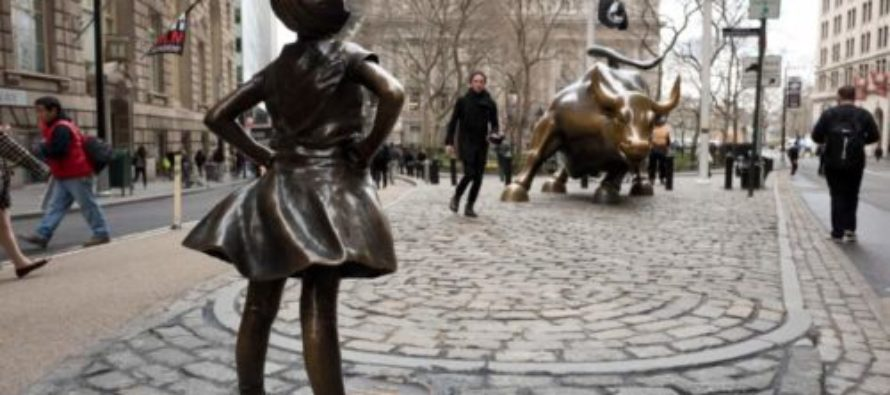 JUST WRONG: Libs Traumatized As Man Does The Unthinkable To 'Fearless Girl' Statue