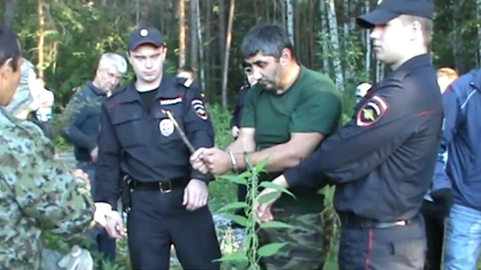 satanist-who-wanted-to-create-zombie-army-at-scene-of-his-crimes-with-cops-00_00_02_11-still032