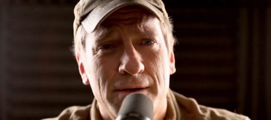 Mike Rowe 'TERRIFIED' Over United Airlines Mishap, But For Reasons NO ONE Thought Of!