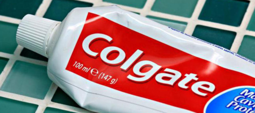 If You Use This Toothpaste, Throw It Out ASAP, The Reason Is HORRIFYING