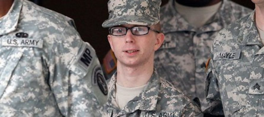 Traitor Bradley Manning to Remain on Active Duty, Receive Healthcare Benefits
