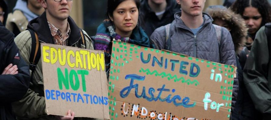 University To Pay '100 PERCENT' Of All Their Undocumented Students' Financial Aid