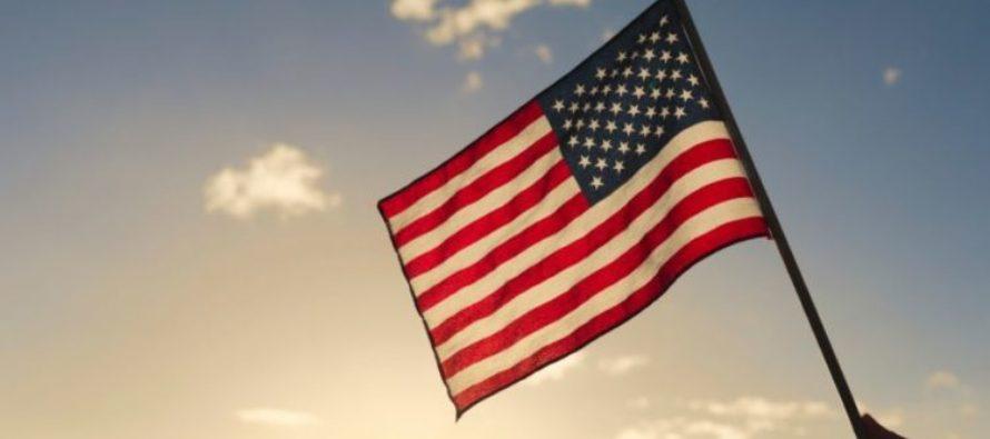 Mom Sues Principal, Teacher over Pledge of Allegiance