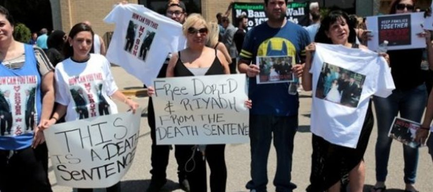 """ICE Releases Report on """"Devastating"""" Mass Arrest of Immigrant Iraqi Christians [VIDEO]"""