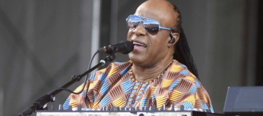 WATCH Stevie Wonder: You Can't Say 'Black Lives Matter' When You're Killing Each Other
