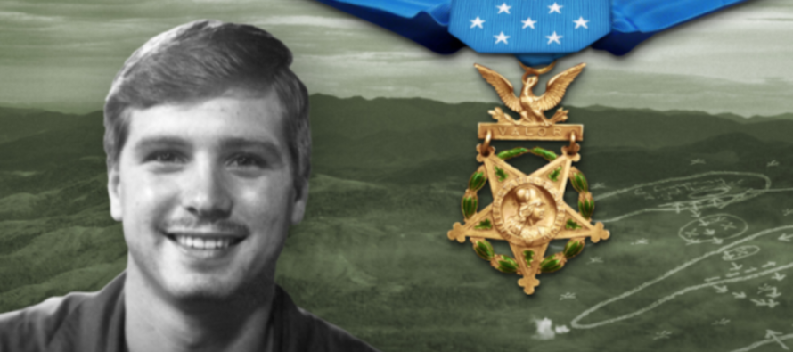 Vietnam Vet FINALLY Awarded With Medal Of Honor From Trump – His Story Is INCREDIBLE!