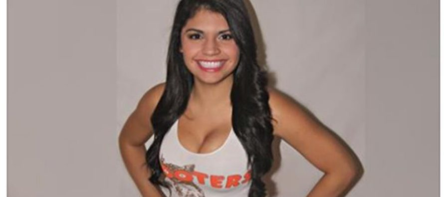 Hooters Waitress Stuns Customer By Giving Him More Than He Bargained For…