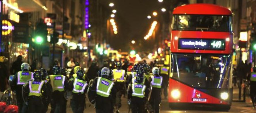 'Black Lives Matter' Riots All Over London, With Police And Public Being Assaulted! [VIDEO]