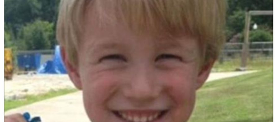 This 4 Yr-Old Boy And His Family KICKED OUT Of A Restaurant For A Shirt [PHOTOS]