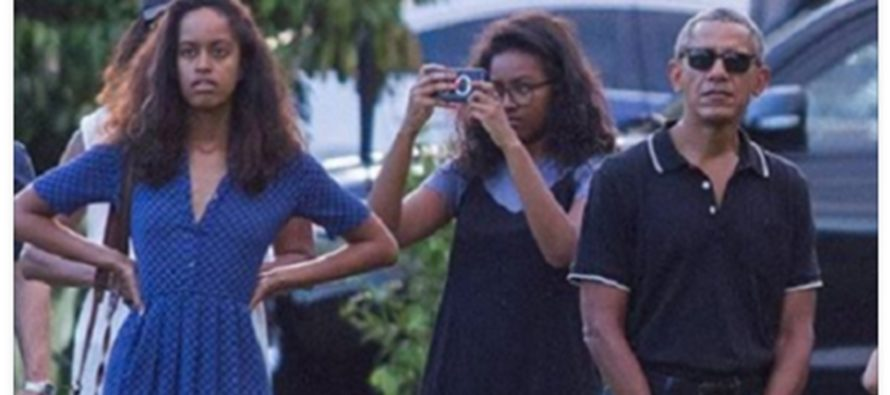 Americans Outraged Over Timing And Destination Of Obama's Latest Vacation In Indonesia [PHOTOS]