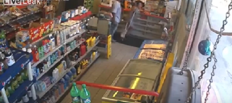 Thug Beats PREGNANT Girlfriend Into The Ground! Caught On Convenience Store Camera [VIDEO]