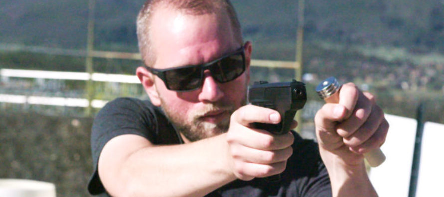 Hacker Exposes Truth Between $1,400 Smart Gun and Magnet [VIDEO]