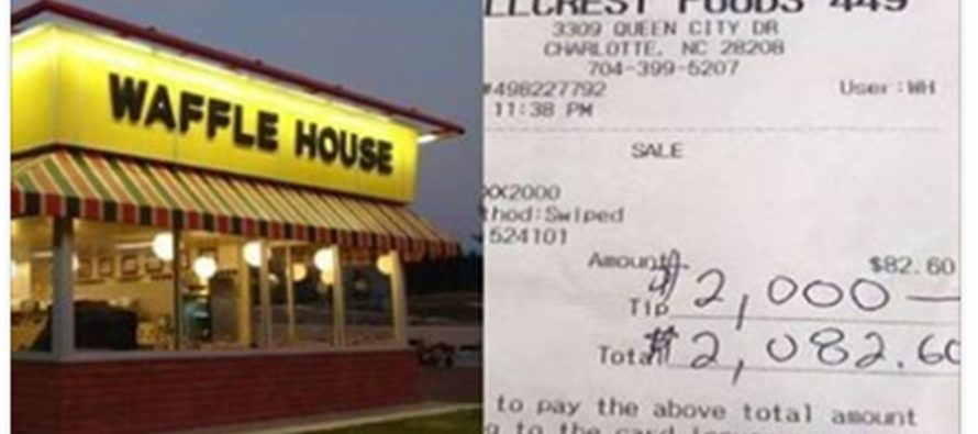 Donnie Wahlberg Leaves $2,000 Tip At Waffle House [PHOTOS]