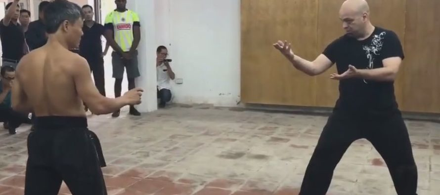 VIDEO: Wing Chun Master Duels Karate Black Belt in Vietnam Street Fight
