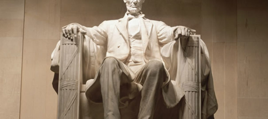 JUST IN: The Lincoln Memorial – VANDALIZED