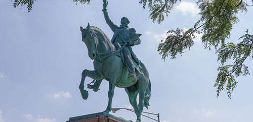 Washington-Park-George-Washington-Monument