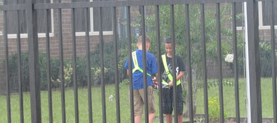 Elementary Students Show Us There's Hope – Praised For Their Handling Of American Flag During Rainstorm