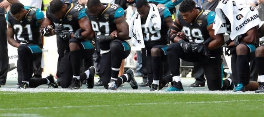 A HUNDRED NFL Players Kneel During National Anthem In Defiance Of President Trump [VIDEO]