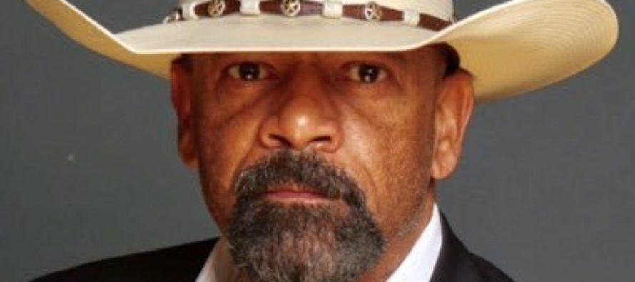 Sheriff Clarke Gives It To Them Straight – Goes On Air To Speak On Anthem Protests [VIDEO]
