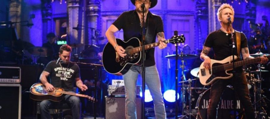 Jason Aldean Gives Beautiful Tom Petty Tribute to Vegas Victims [VIDEO]