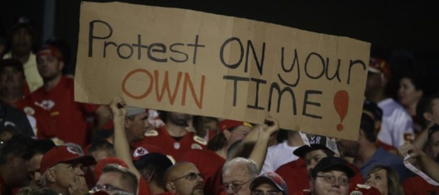 After Whole Month Of Anthem Protests, The Numbers Are In – NFL Ratings In Downward Spiral!