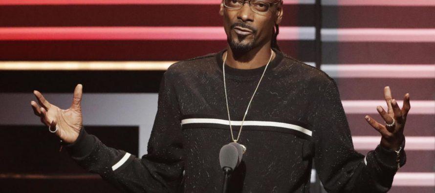 Snoop Dogg Attacks President Trump, Threatens Gang Violence By Making America 'Crip' Again [VIDEO]