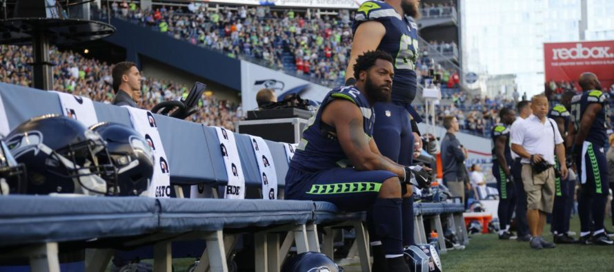 """NFL Meets With Players Union To Discuss League """"Supporting"""" Players' Anthem Protests"""