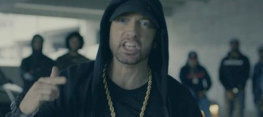 "Rapper Eminem Butt Hurt And ""Extremely Angry"" At Trump For IGNORING His Hate Rap [VIDEO]"