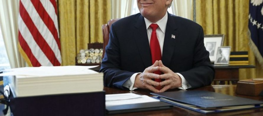 He Signed It! Trump Signs 'Biggest Ever' Tax Cut Bill Immediately Before Leaving DC [VIDEO]