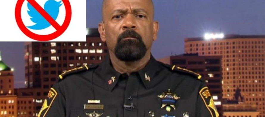 WHAT!? Twitter BLOCKS Sheriff David Clarke On Twitter for Standing Up to the Media