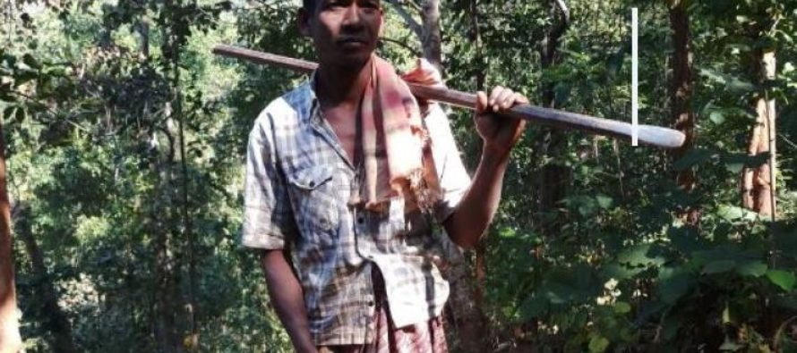 INDIA: Lonely father builds 5 mile road using just pickaxe & crowbar so kids can visit more often