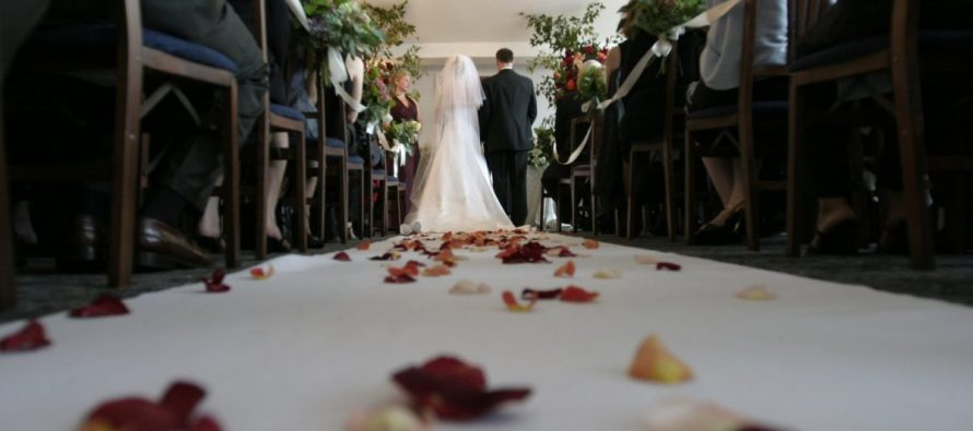 It's Time For Americans to Stop Spending $39,000 on the Average Wedding